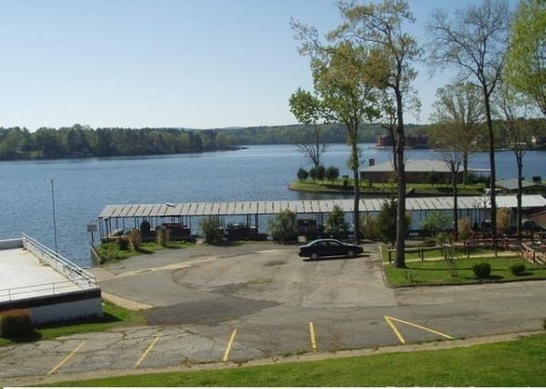 $99000  1br - 600ftsup2 - Lake Hamilton Condo and BOAT SLIP (Hot Springs)