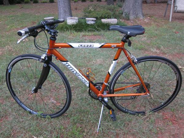 2005 Novara Forza Cross Hybrid 24-speed bicycle - $325 (West Conway)