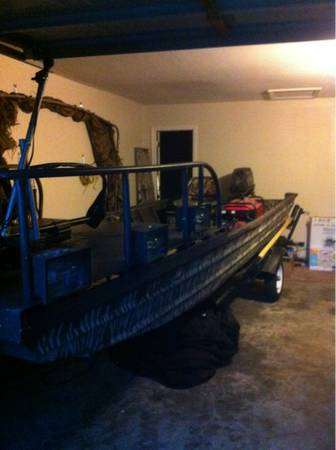 1650 bowfishing boat - $4500 (Russellville)