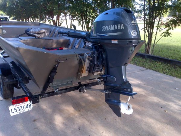 Yamaha 40 hp Motor. New with 5 hours 2012 - $5500 (Bossier)