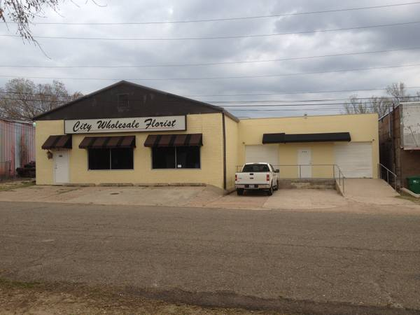 COMMERCIAL BUILDING FOR SALE - $225000 (Texarkana, Texas)