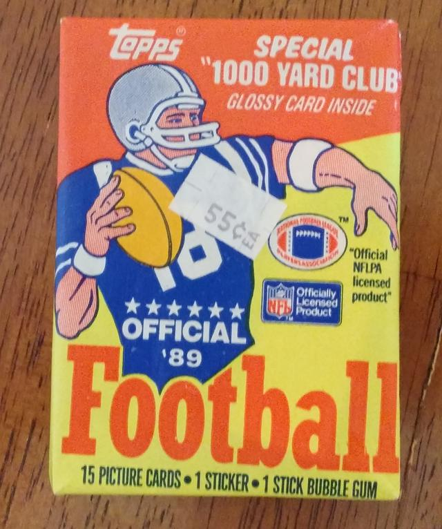75  Vintage Football Trading Cards
