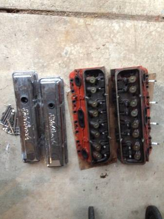 Dart iron eagle chevy heads - $350 (texarkana)