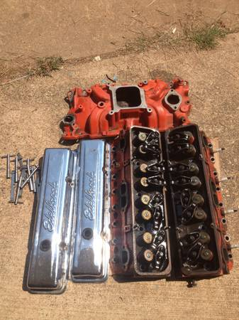 350 Dart Iron Eagle heads,  and intake - $425 (Texarkana )