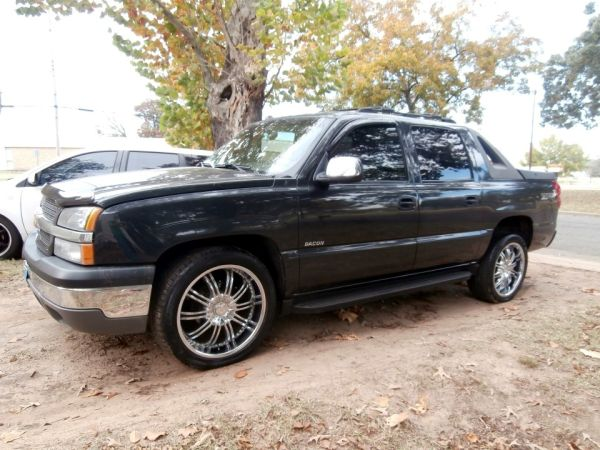 WTT chevy 22s for 20s rims tires - $1000 (Eastern tex)