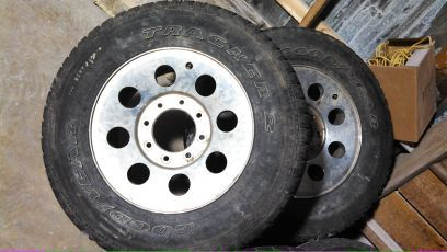 Ford F250 Rims and Tires - $200 (hot springs)