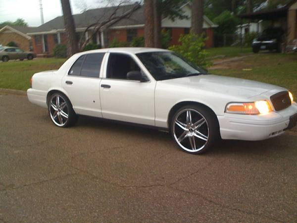 22in. Rims still on car. - $700 (Texarkana, Texas)