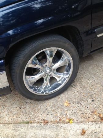 22in Rims Tires for Chevy - $800 (Haughton)