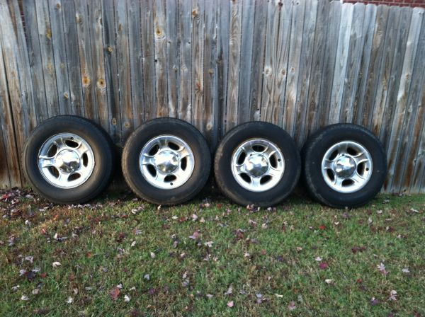 17 Rims Tires, F150 - $300 (Texarkana)