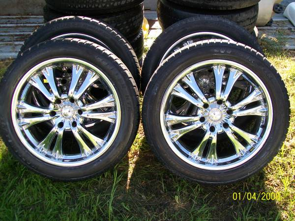 20 inch 6 hole chevy Wheels Tires - $450 (broken bow)