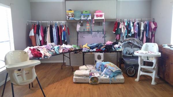 tons of baby girl clothes - $150 (mt pleasant texas)