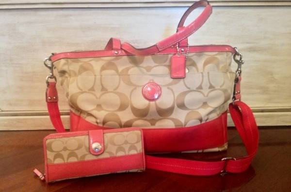 Authentic Coach Diaper Bag - $200 (De Queen)