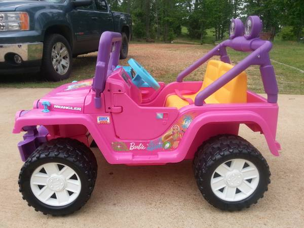 PINK BARBIE JEEP POWER WHEEL NEW - $250 (Atlanta tx)