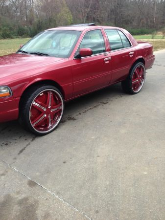 2003 Mercury Grand Marquis on 26s floaters - $9300 (Texarkana)