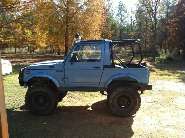 Suzuki Samurai - $5000 (New Boston)