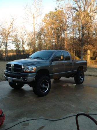 Lifted 06 cummins - $25000 (Texarkana )