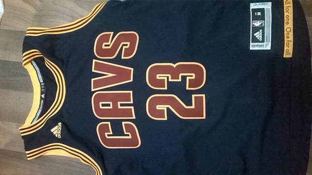 60  Brand New Cleveland Cavaliers Lebron James 23