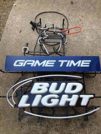 bud light game time neon sign - $150 (texarkana)