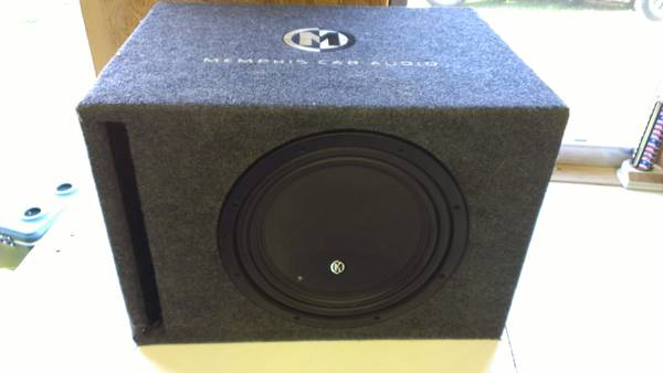12 Memphis sub, vented box, double sub box - $125 (Ashdown)