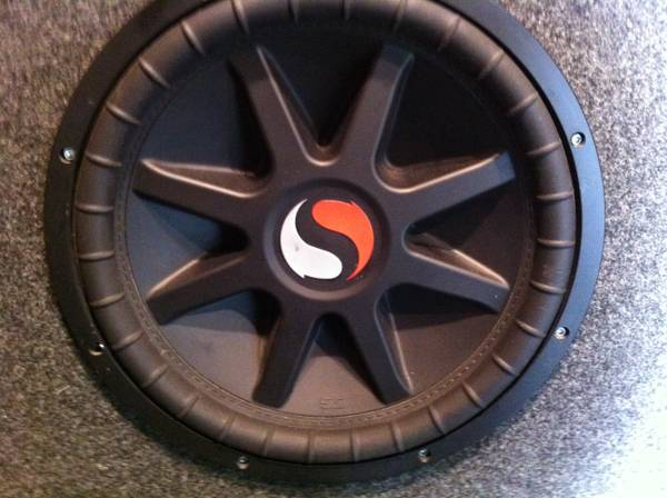 KICKER 15in Solo Baric Classic in box - $175 (gurdon)
