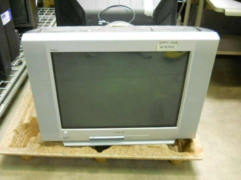 Sony KV-27FS120 27-Inch FD Trinitron WEGA Flat Screen TV - $55 (Texarkana )