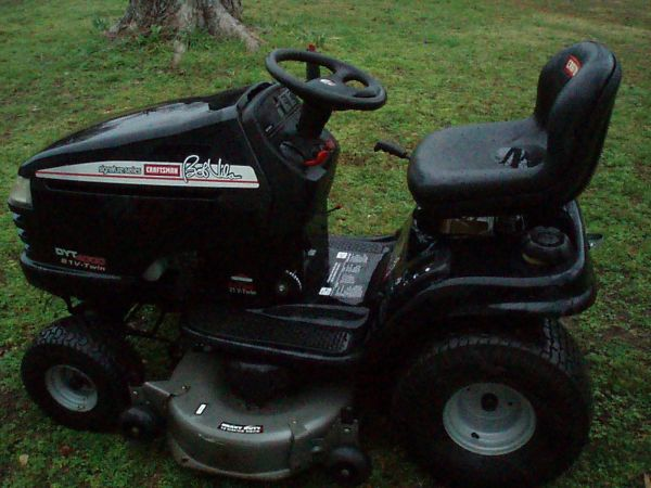 CRAFTSMAN DYT-4000 RIDING MOWER - $750 (DELIGHT)