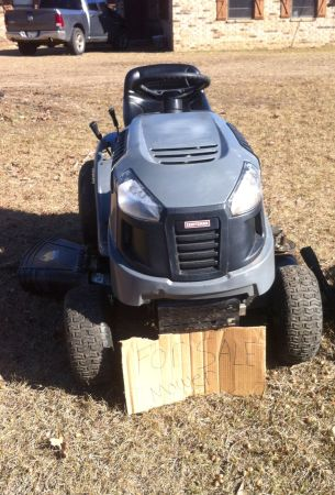 Craftsman 17.5 hp 42 Riding Lawnmower - $700 (De Queen, AR)