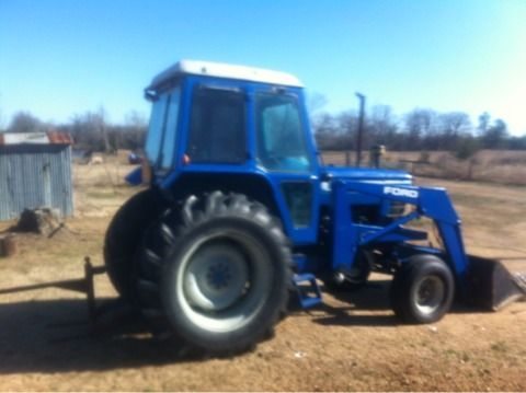ford 6700 tractor and front end loader - $15000 (new boston, tx)