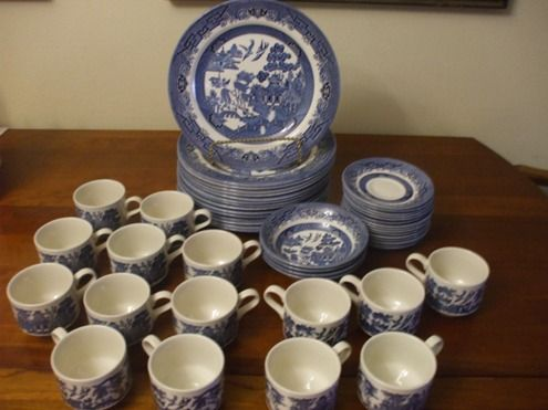 Blue Willow China - $125 (Near Texarkana)