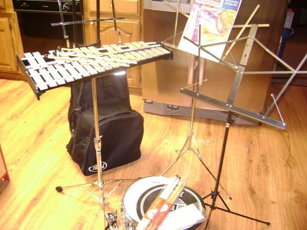 Pearl Percussion kit (snare drum keyboard) - $225 (Hope)