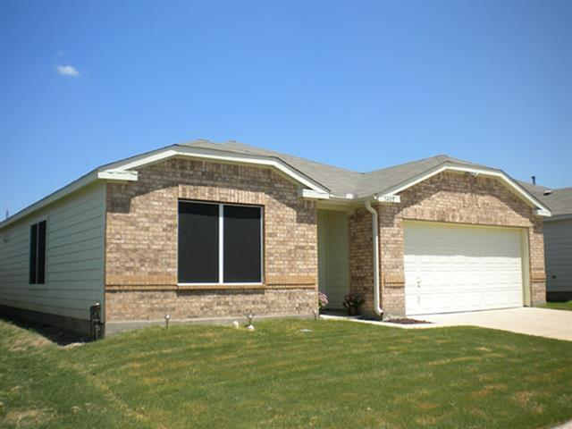 1 550  4br  Beautiful four bedroom  2 bath  2 garage for rent  1550