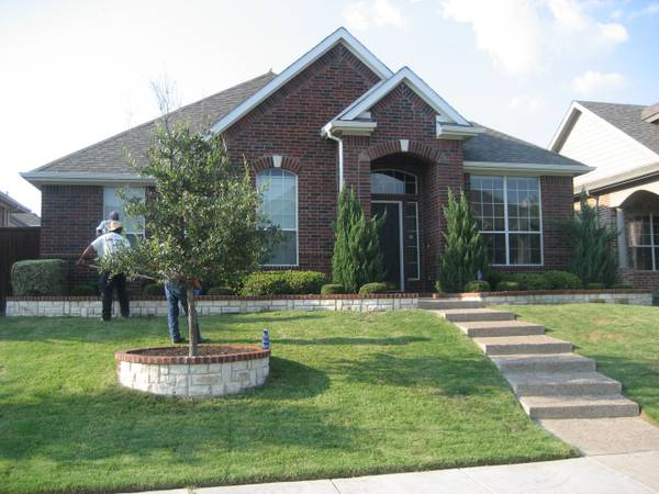 - $550  2000ftsup2 -  3 Rooms for Rent (ALL BILLS  FURNITURE INCLUDED)  (Frisco, Texas)