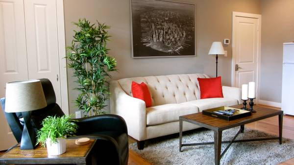 -  2495   1br - 450ft sup2  - Guest House furnished  M  streets unit  dallas