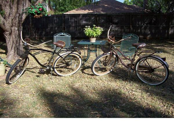 Pair of 26  Huffy Deluxe bikes -  100  sherman