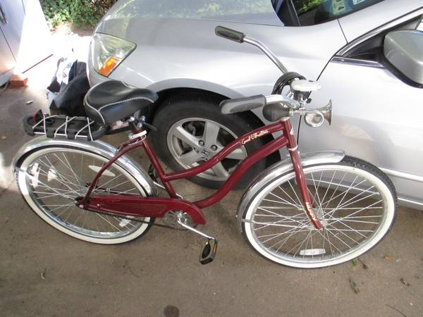Man s and woman s Huffy cruisers -  50  Denison  TX