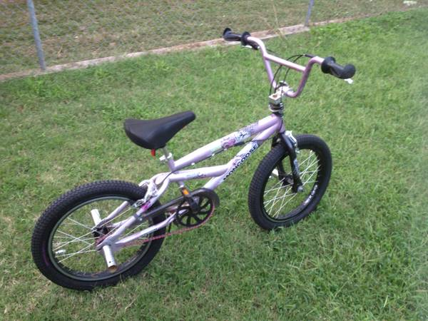 Girls Bike BMX Mongoose 20 - $60 (Del City)