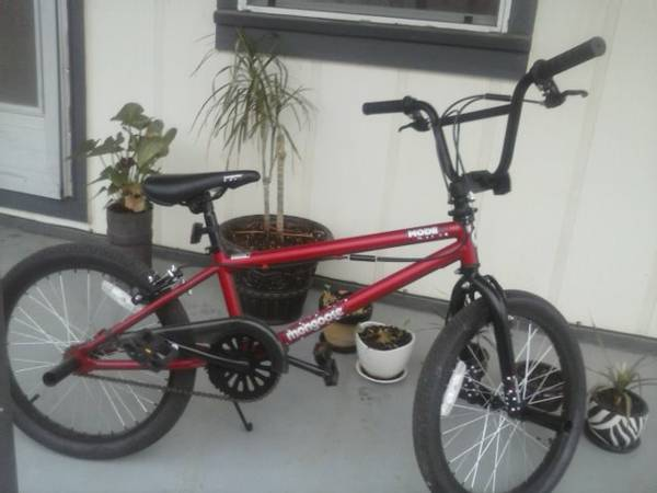 BRAND NEW RED 20 Mongoose Mode 90 Boys Freestyle Bike - x002450 (Boswell)