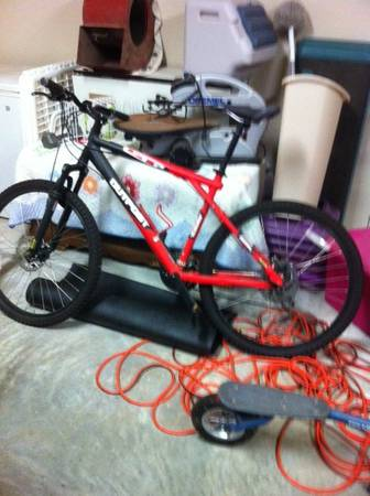 GT Outpost Disc Mountain Bike - $300 (Ardmore)