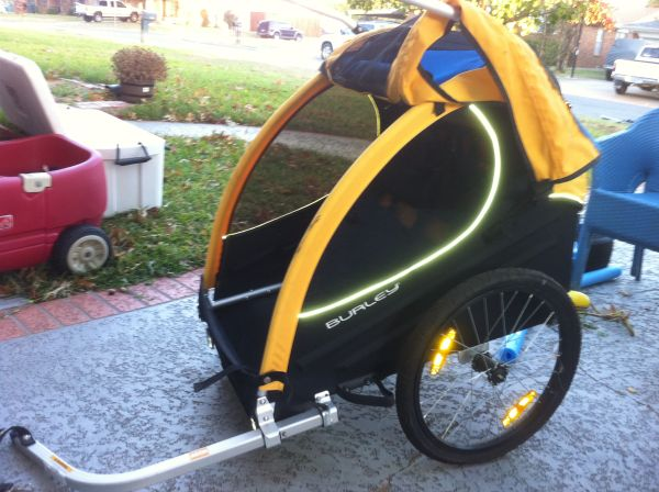 Burley encore double bike trailer - $150 (Sherman)
