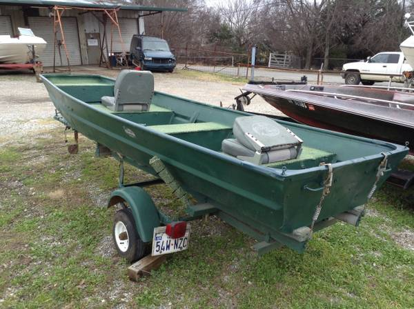 Flat Bottom Boat - x0024650 (Denison)
