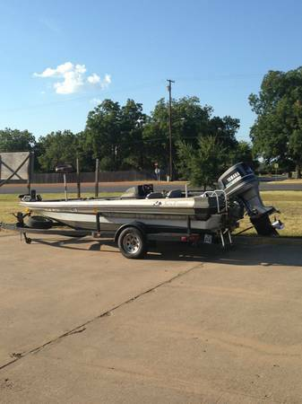 1989 kingfisher bass boat 196 - $2500 - $2500 (pottsboro)