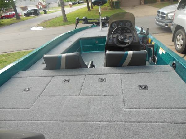 1994 18ft javelin bass boat - $5000 (Durant)