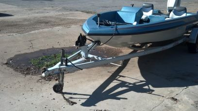 Skeeter SD 80 bass fishing boat 70 johnson - $1499 (denison)