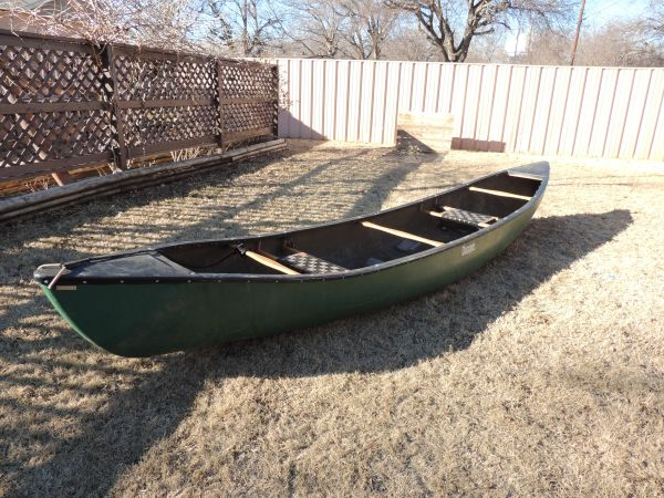 16 ft Dagger Dimension Canoe - $1000 (Sherman, Texas)