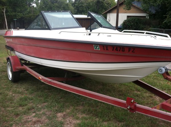 1990 Thundercraft with 150hp Johnson Outboard - $650 (Pottsboro)