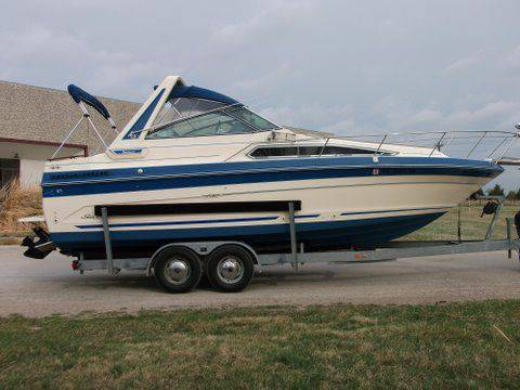 1987 Sea Ray 268 Sundancer w Trailer - $13500 (Dallas)