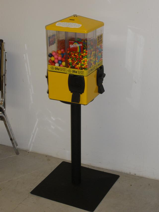 $1,850, 18 $0.25 4-container candy machines by U-Turn for sale $1850.00