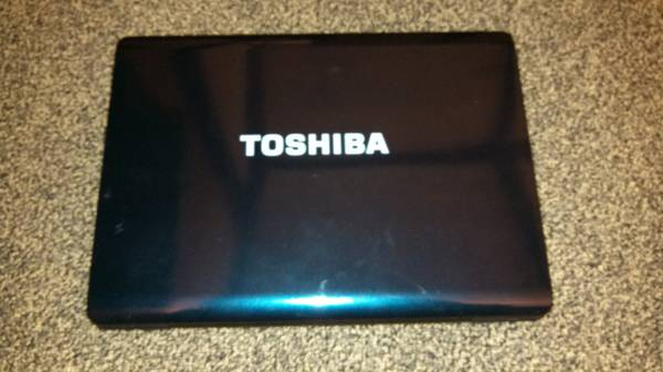 Toshiba Laptop  amp  Tablet -   x0024 450  Paris TX