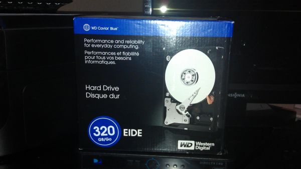 WD Western Digital 320 GB EIDE Hard Drive new in box - $40 (Van Alstyne)
