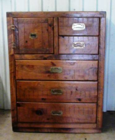 Young Hinkle Furniture For Sale